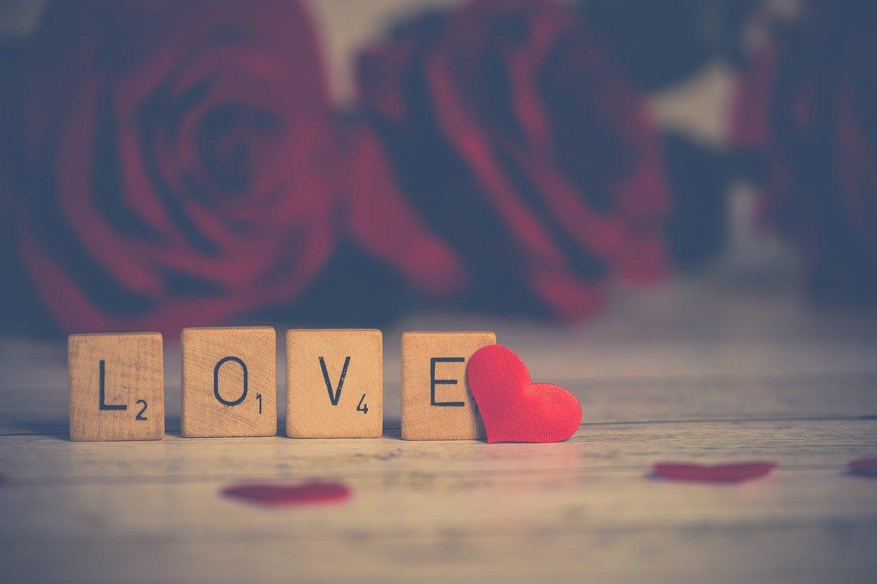 Как заставить женщину влюбиться